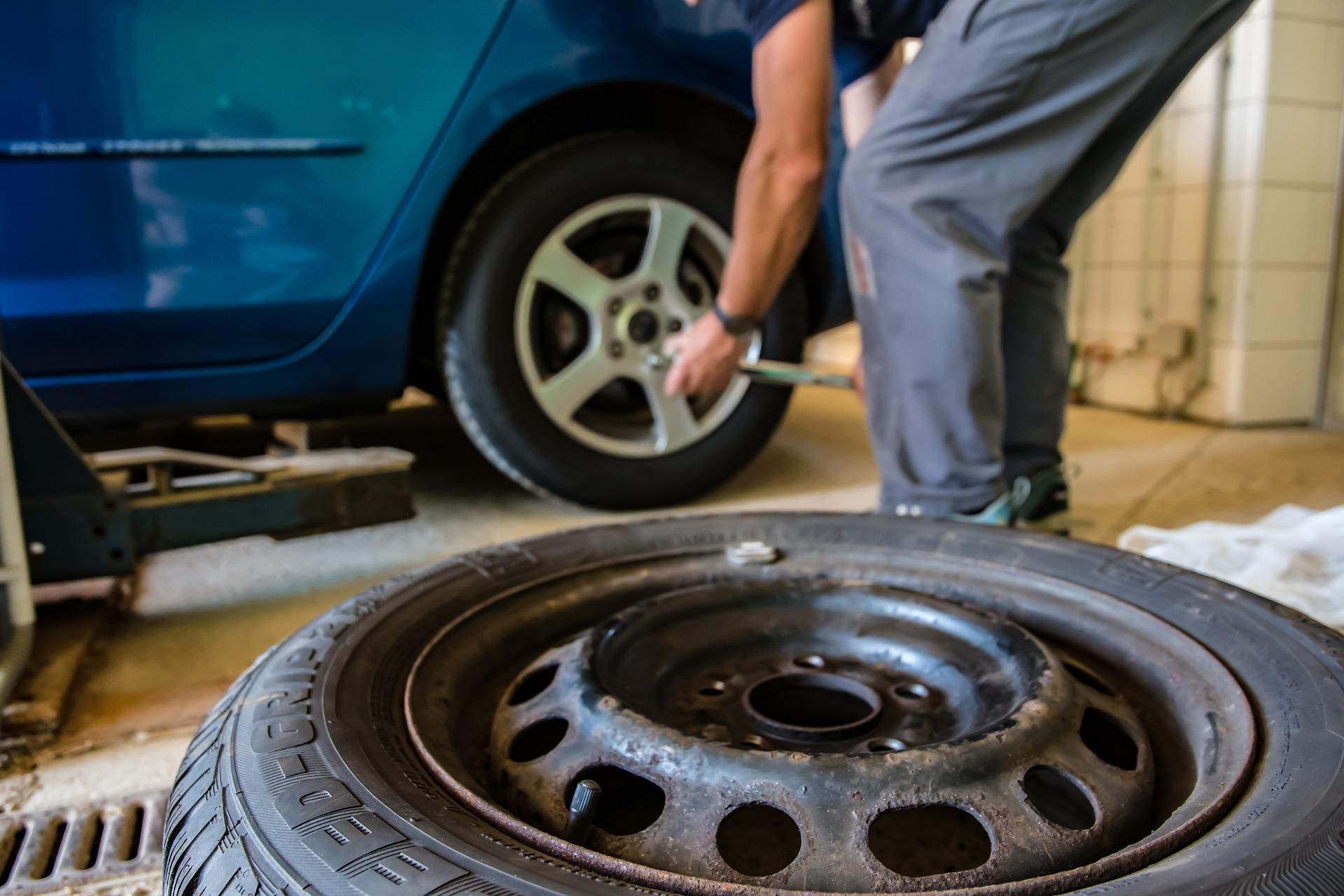 Nous renforçons notre activité dans la vente et pose de pneus !